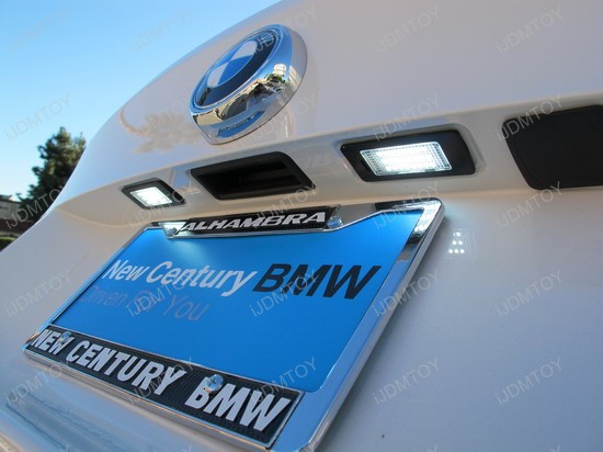 BMW - X6 - M - LED - License - plate - lights - 1